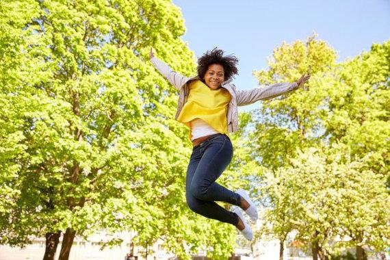 Girl jumping 570